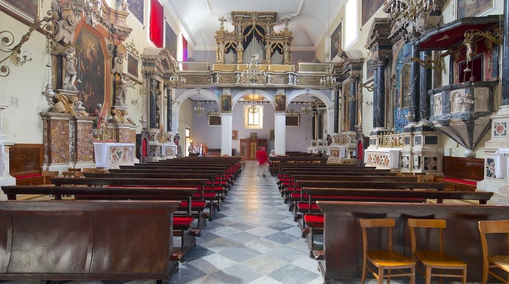 Franziskanerkloster welches beinhaltet Geschichtliches und historische Architektur