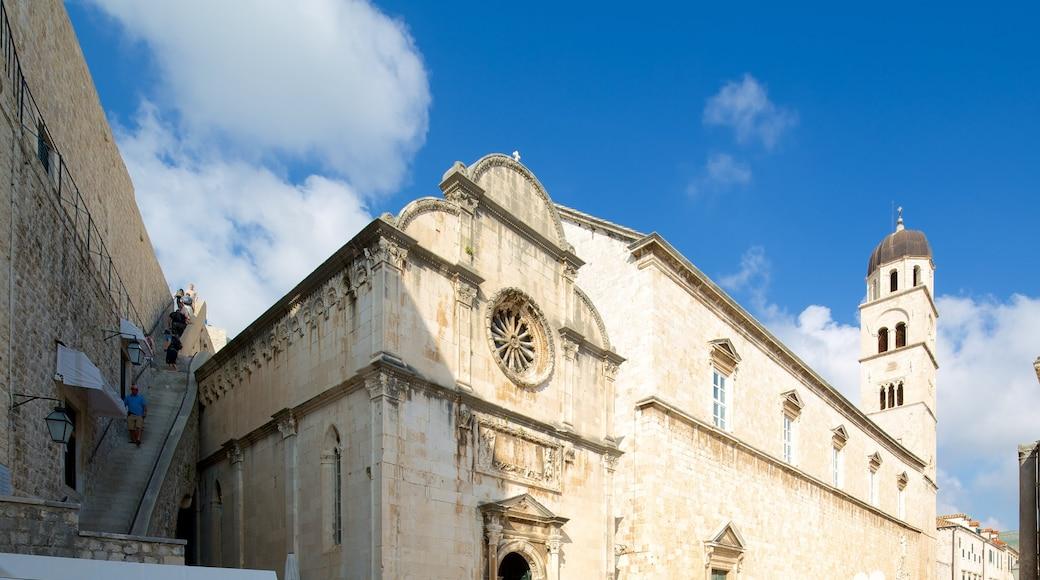 Chiesa del Redentore che include chiesa o cattedrale