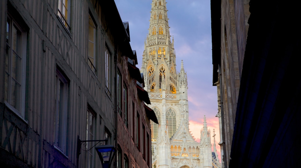 Rouen featuring a church or cathedral
