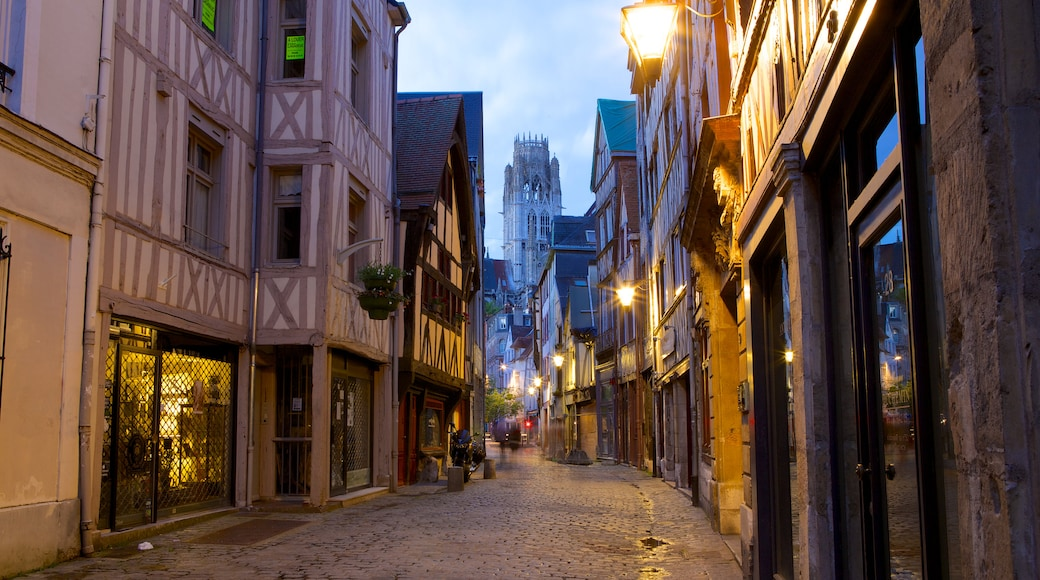 Rouen featuring heritage architecture and night scenes