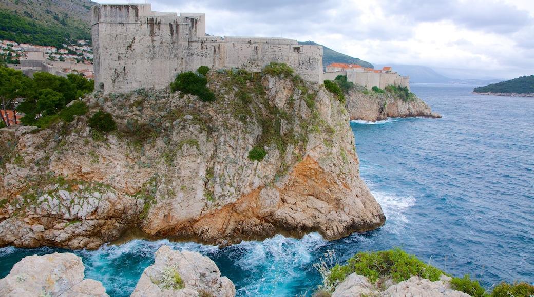 Festung Lovrijenac das einen Geschichtliches, Ruine und Felsküste