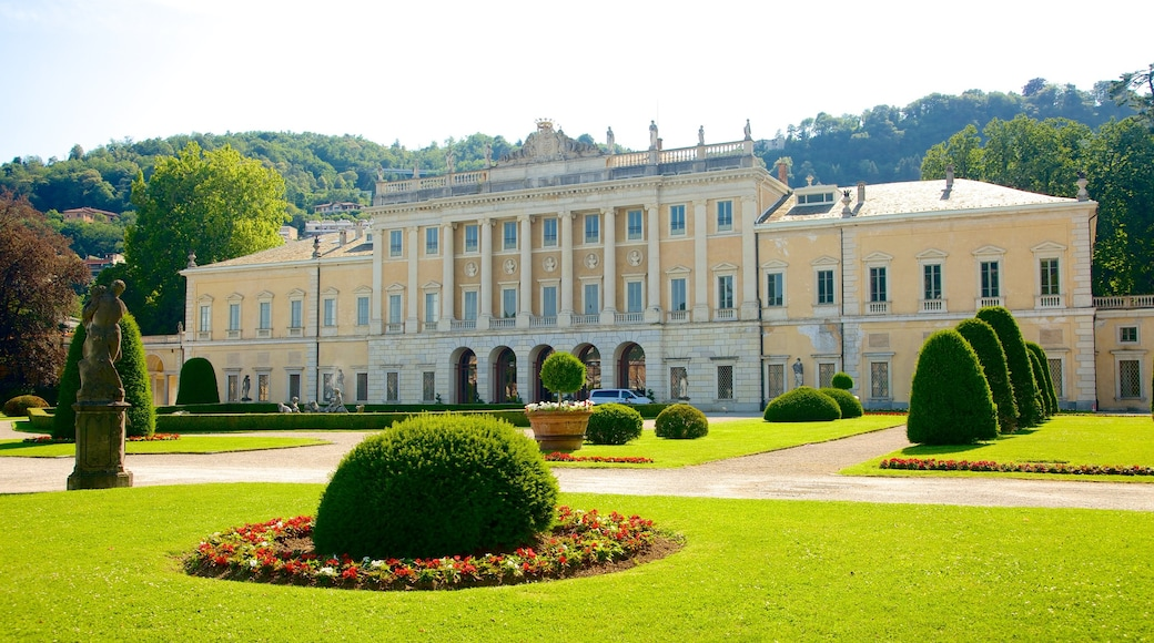 Villa Olmo showing heritage architecture, château or palace and an administrative building