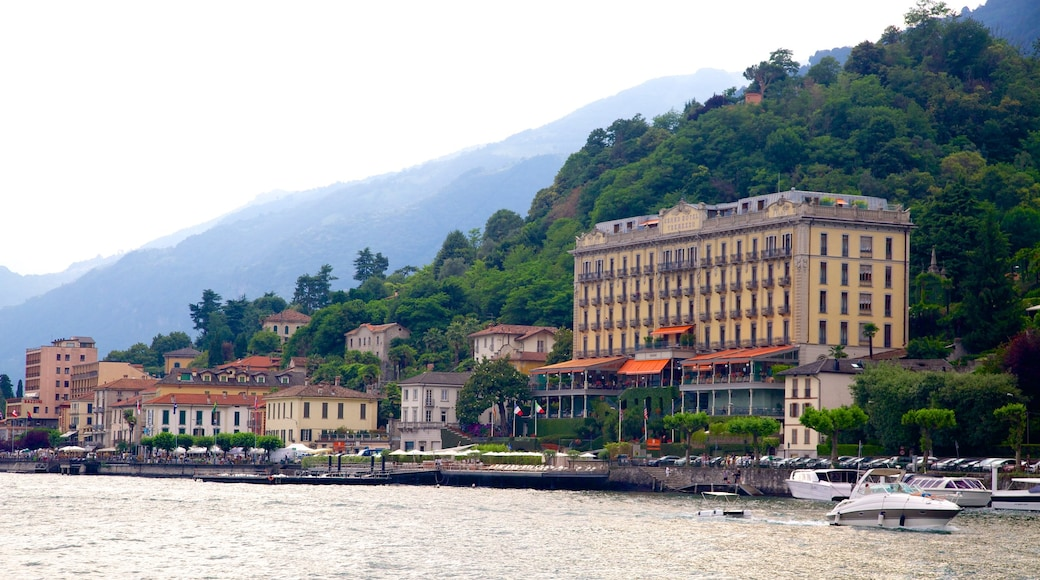 Villa Carlotta che include località costiera e vista della costa