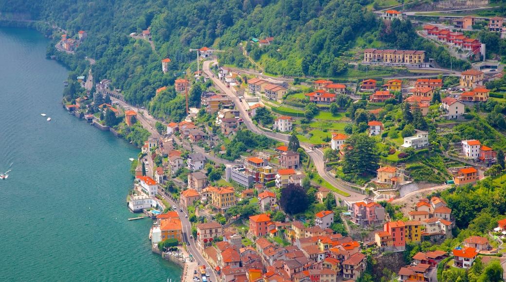 Argegno welches beinhaltet Küstenort, Kleinstadt oder Dorf und allgemeine Küstenansicht