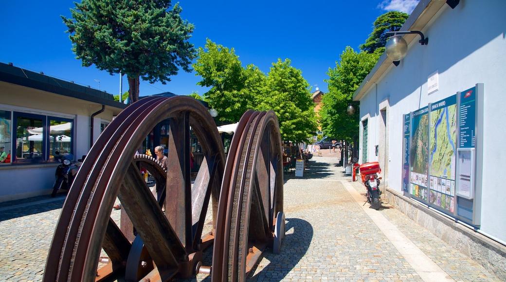 Kabelspoorweg Como-Brunate toont een plein