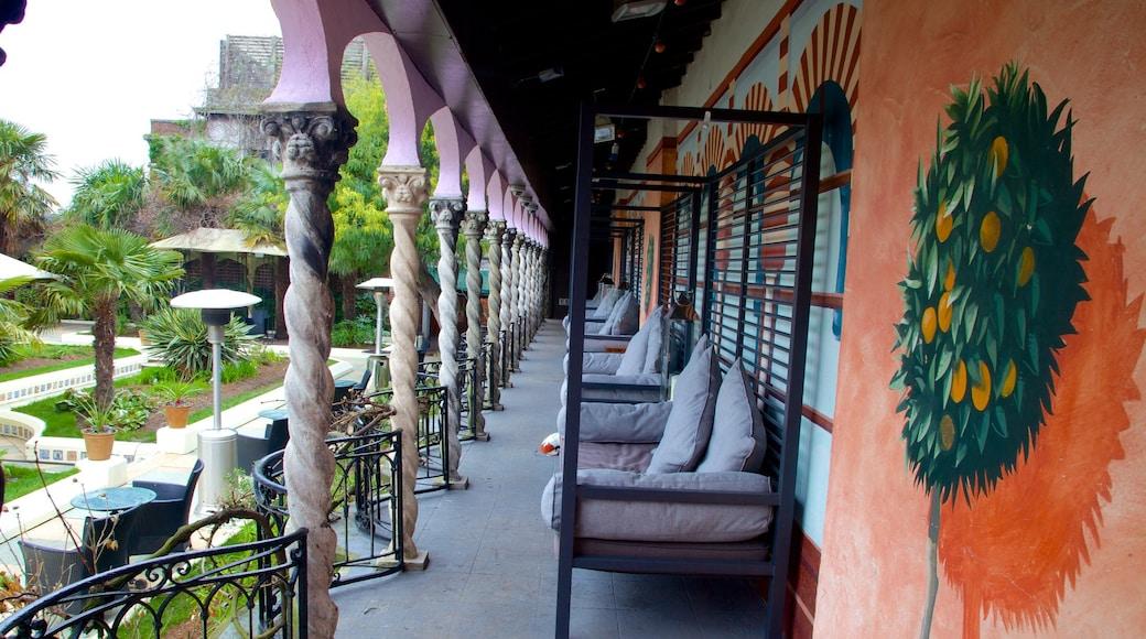 Kensington Roof Gardens fasiliteter samt luksushotell eller resort