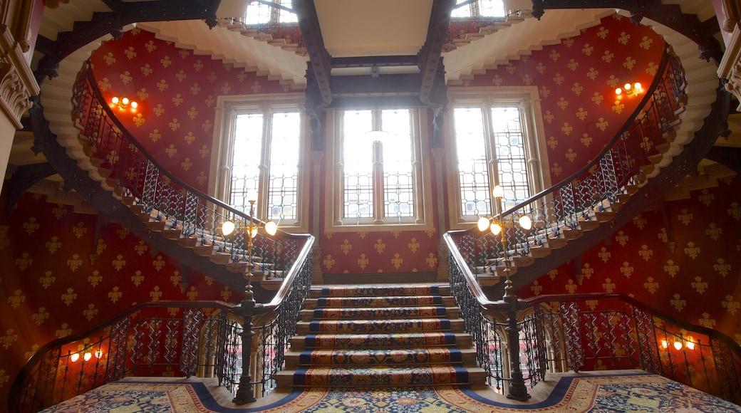 Queen\'s House caracterizando arquitetura de patrimônio e vistas internas