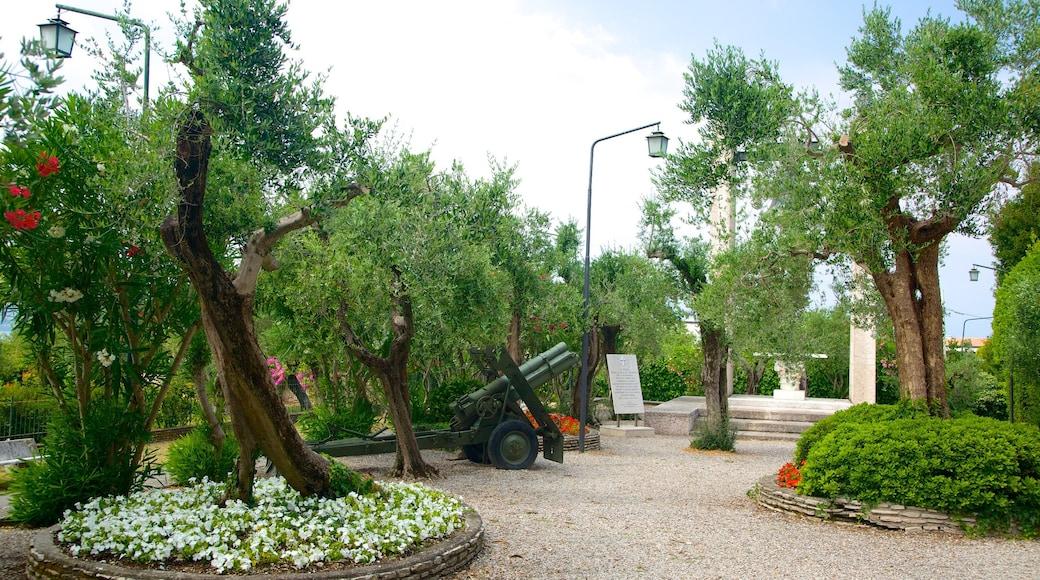 Chiesa di San Pietro caratteristiche di giardino