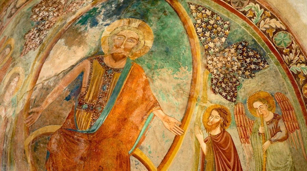 Chiesa di San Pietro caratteristiche di religiosità, arte e vista interna
