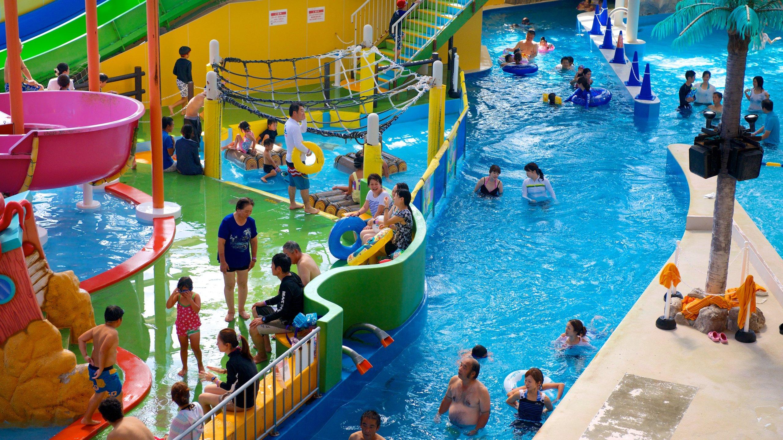 Des spas thématiques sur les cultures du monde, des saunas médicinaux revivifiants et les jeux d'un parc aquatique vous attendent dans ce centre de soins très complet.