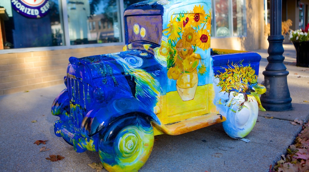 Pontiac showing outdoor art