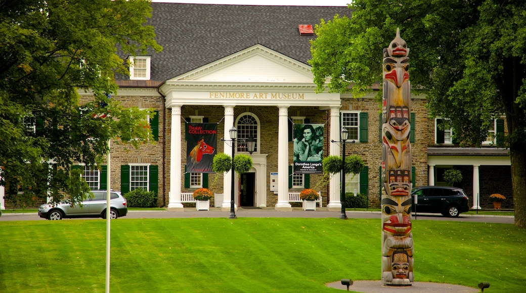 Cooperstown which includes a garden