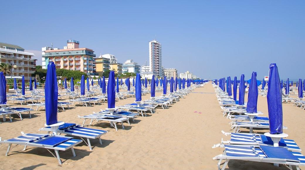 Lido di Jesolo som inkluderer kyst og strand