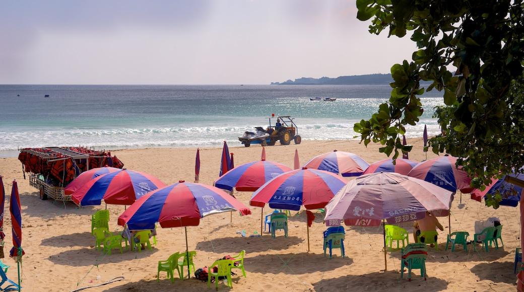 Nan Wan Beach featuring a sandy beach
