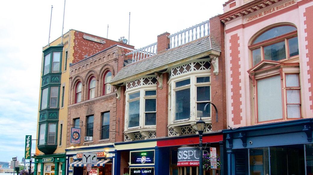 New London johon kuuluu vanha arkkitehtuuri