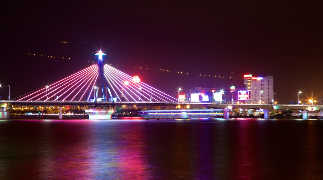 Han River Bridge featuring nightlife, a bridge and a city