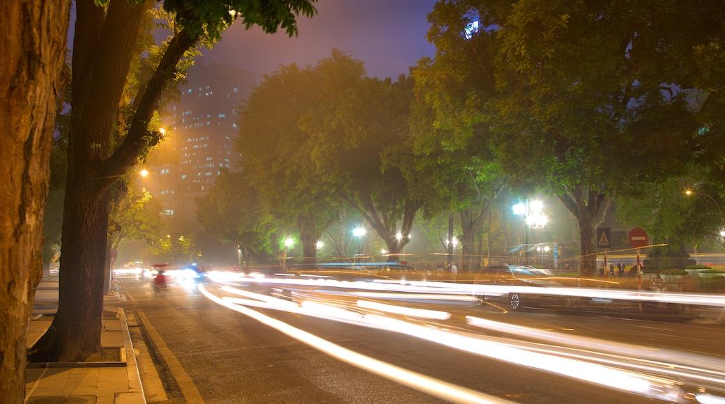 Hanoi mostrando strade