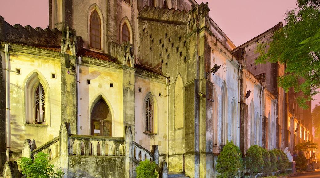 聖若瑟主教座堂 其中包括 歷史建築, 市場 和 傳統元素