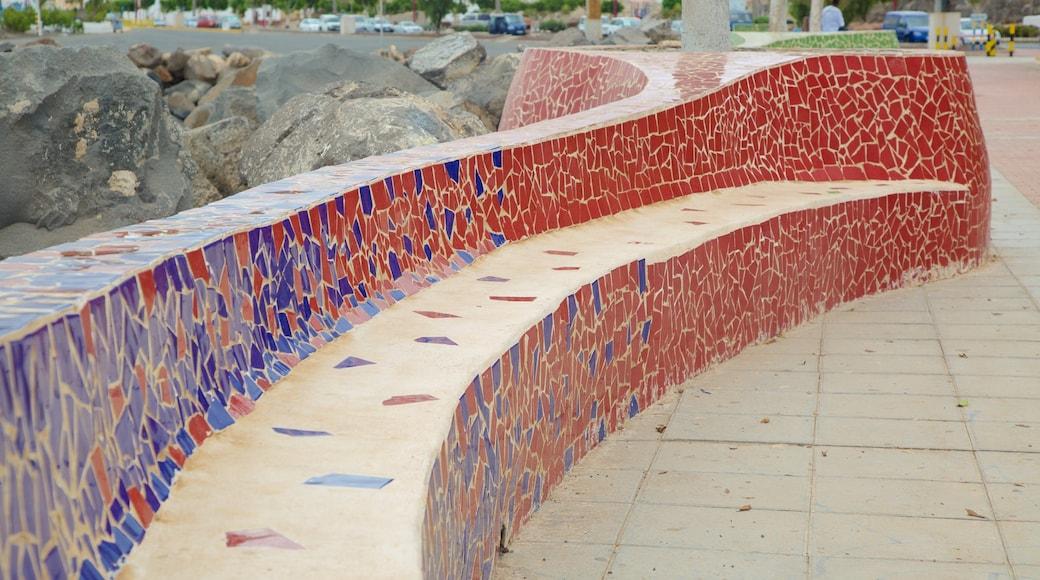 Puerto del Rosario montrant art en plein air et art
