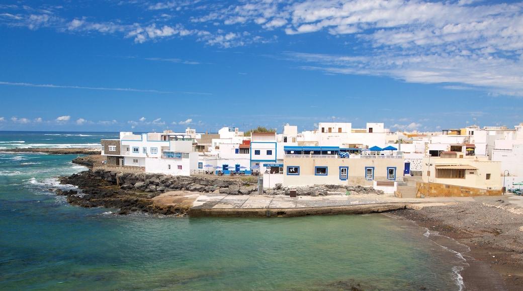El Cotillo das einen Küstenort, allgemeine Küstenansicht und schroffe Küste