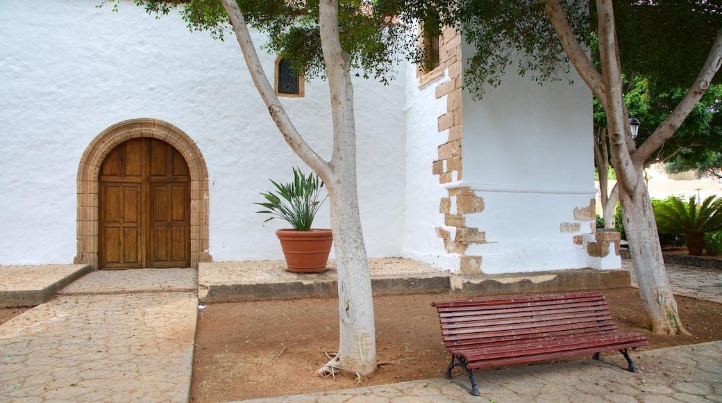 Pajara mostrando chiesa o cattedrale