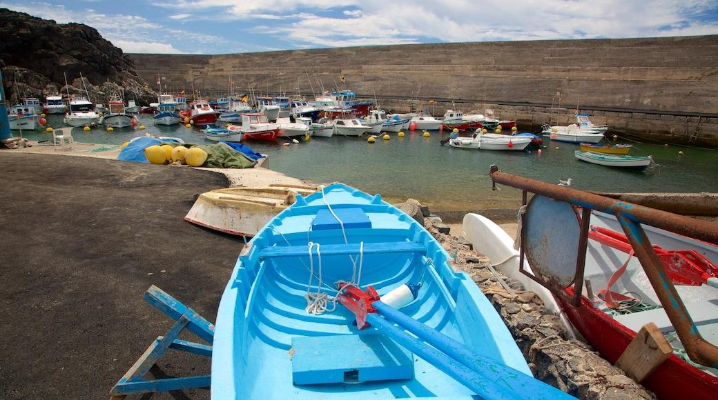 El Cotillo das einen Bootfahren und Bucht oder Hafen