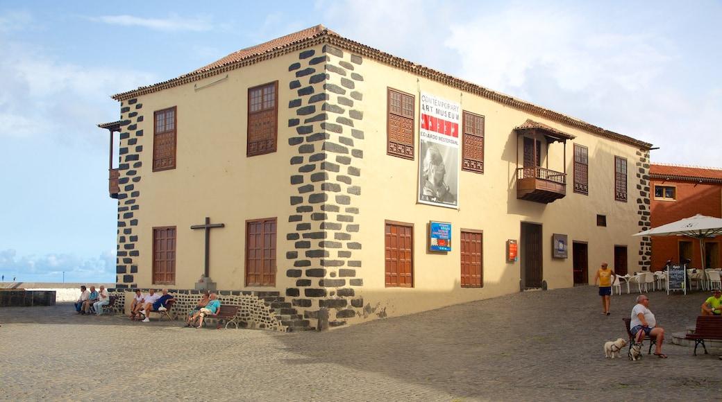Puerto de la Cruz featuring tori ja vanha arkkitehtuuri