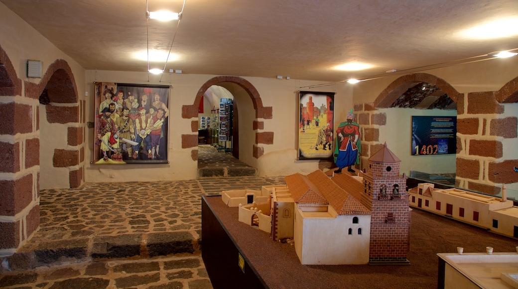 Castillo de Santa Bárbara das einen Burg und Innenansichten