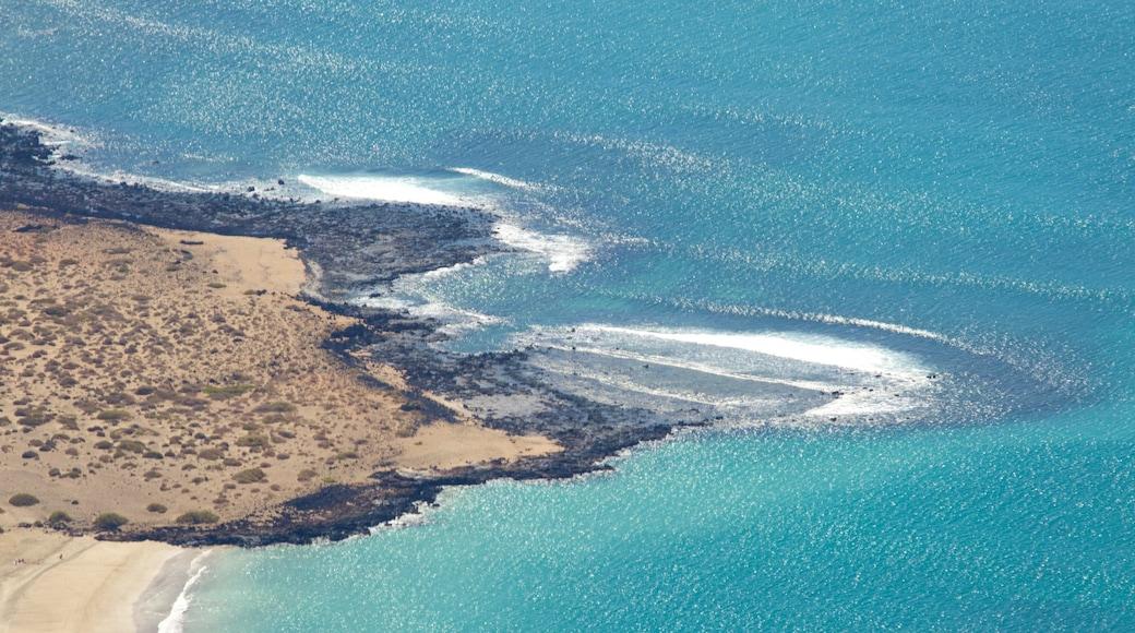 Mirador del Rio das einen allgemeine Küstenansicht