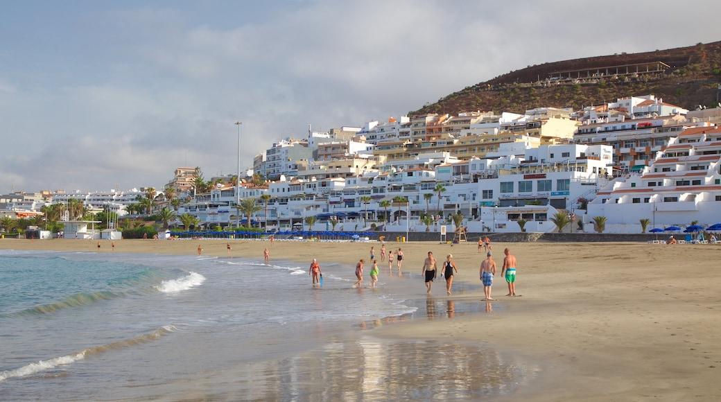 Las Vistas Beach featuring a sandy beach, a coastal town and general coastal views