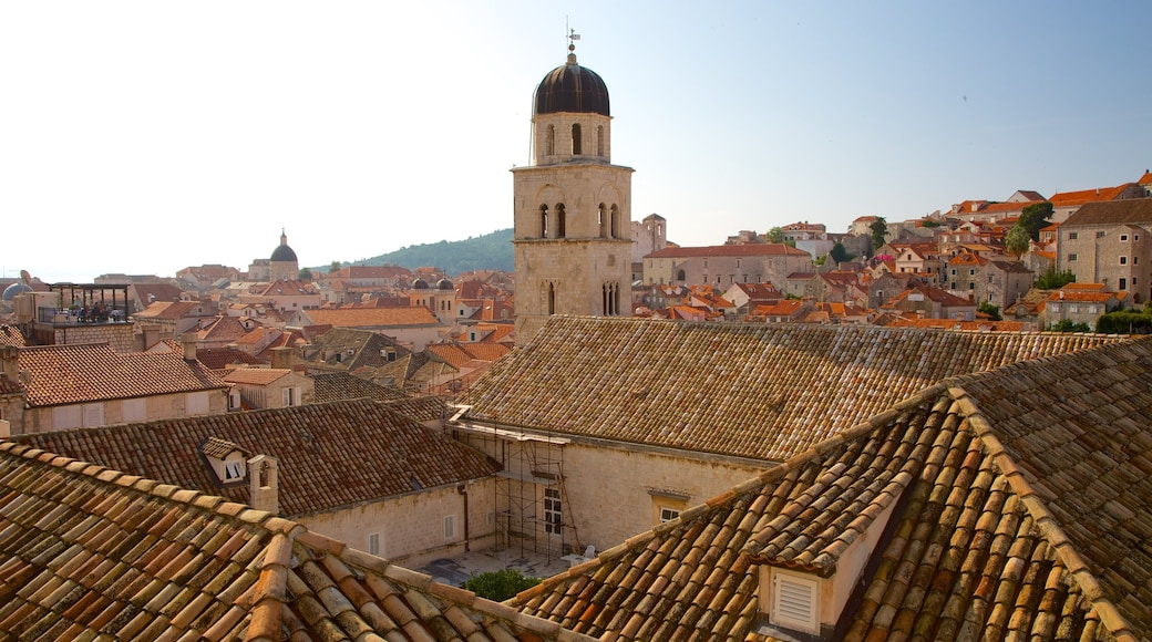 Croatia which includes a city and heritage architecture
