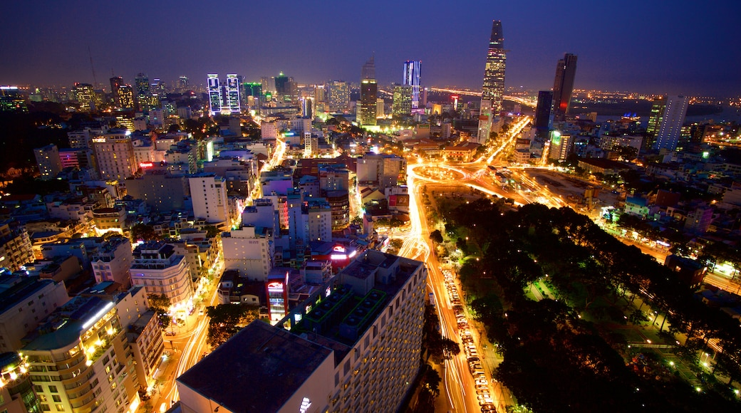 Hô-Chi-Minh-Ville montrant silhouettes urbaines, ville et scènes de nuit