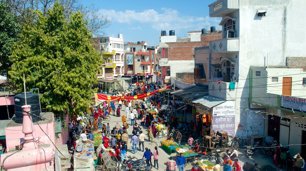 Uttarakhand which includes markets, shopping and a city