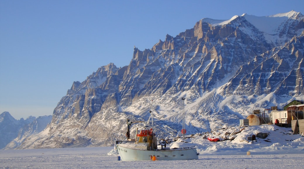 Greenland which includes boating, snow and mountains