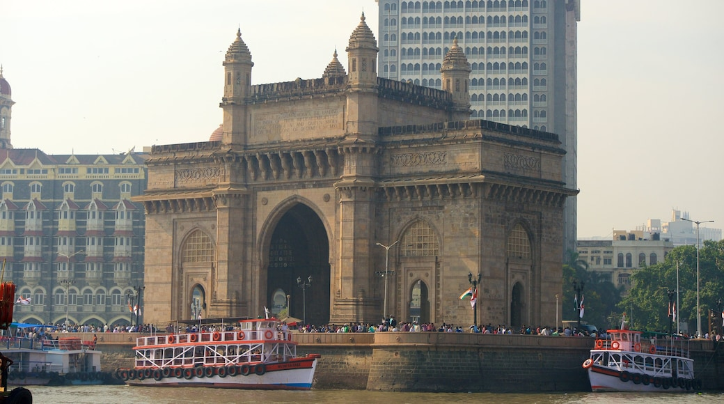 Gateway of India showing a river or creek, boating and heritage architecture