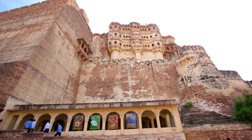 Mehrangarh Fort showing chateau or palace, heritage architecture and heritage elements