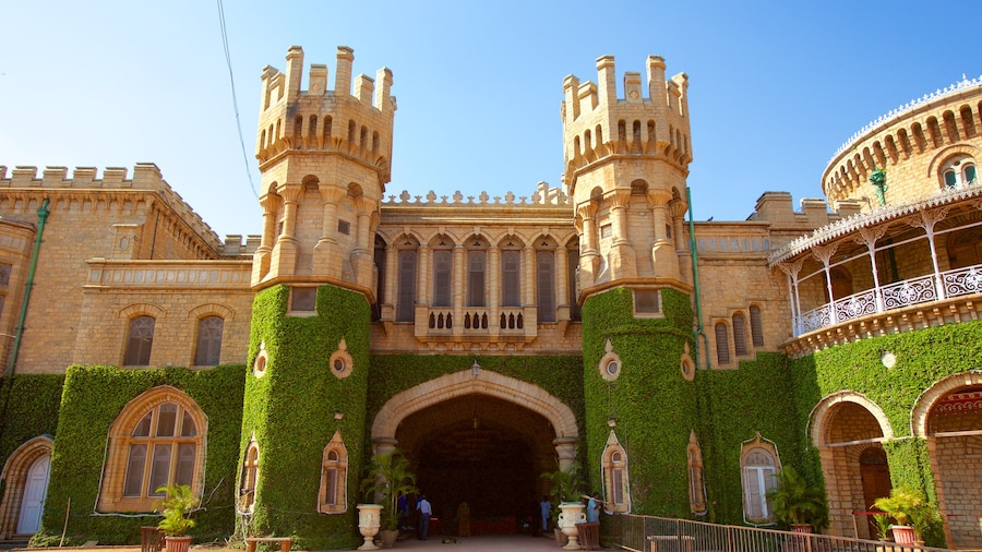Bangalore Palace which includes château or palace, heritage elements and heritage architecture