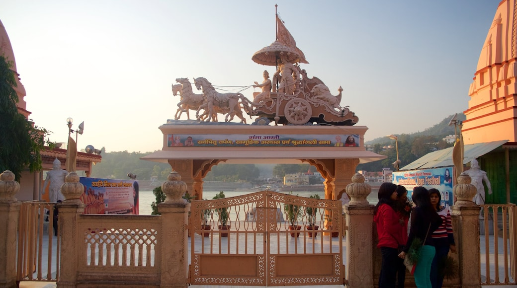 Parmarth Niketan featuring a statue or sculpture