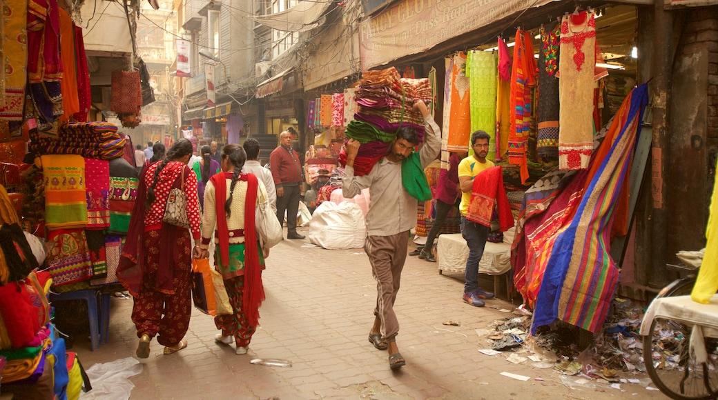 Katra Jaimal Singh Market featuring markets as well as a small group of people
