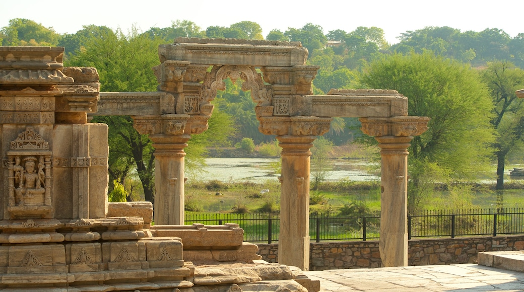 Nagda featuring heritage architecture, heritage elements and a temple or place of worship