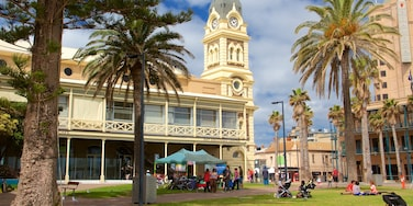 Glenelg showing a park and heritage architecture