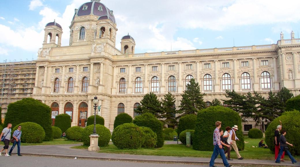 Wien mit einem historische Architektur und Geschichtliches