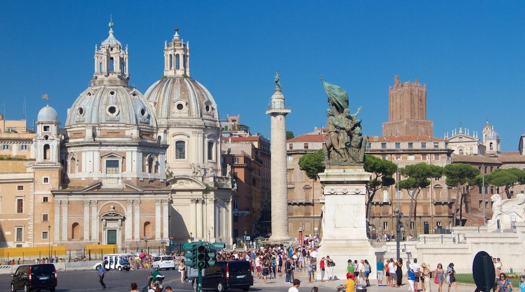 Piazza Venezia mettant en vedette square ou place, patrimoine architectural et statue ou sculpture