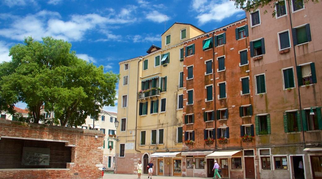 Venetian Ghetto joka esittää vanha arkkitehtuuri