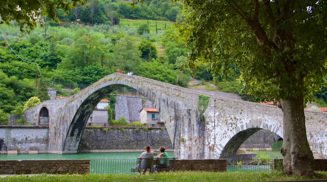 Ponte della Maddalena mostrando ponte