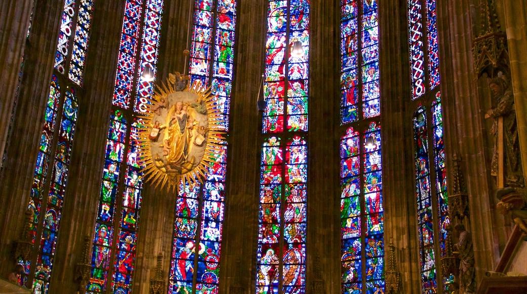 Aachener Dom mit einem historische Architektur, Geschichtliches und Innenansichten