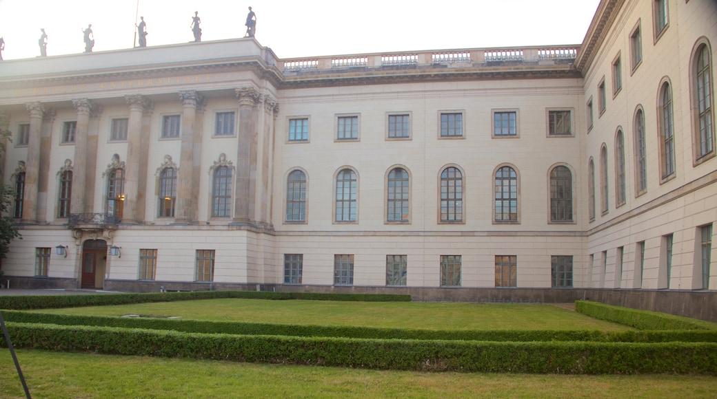 Universidad Humboldt mostrando elementos patrimoniales y arquitectura patrimonial