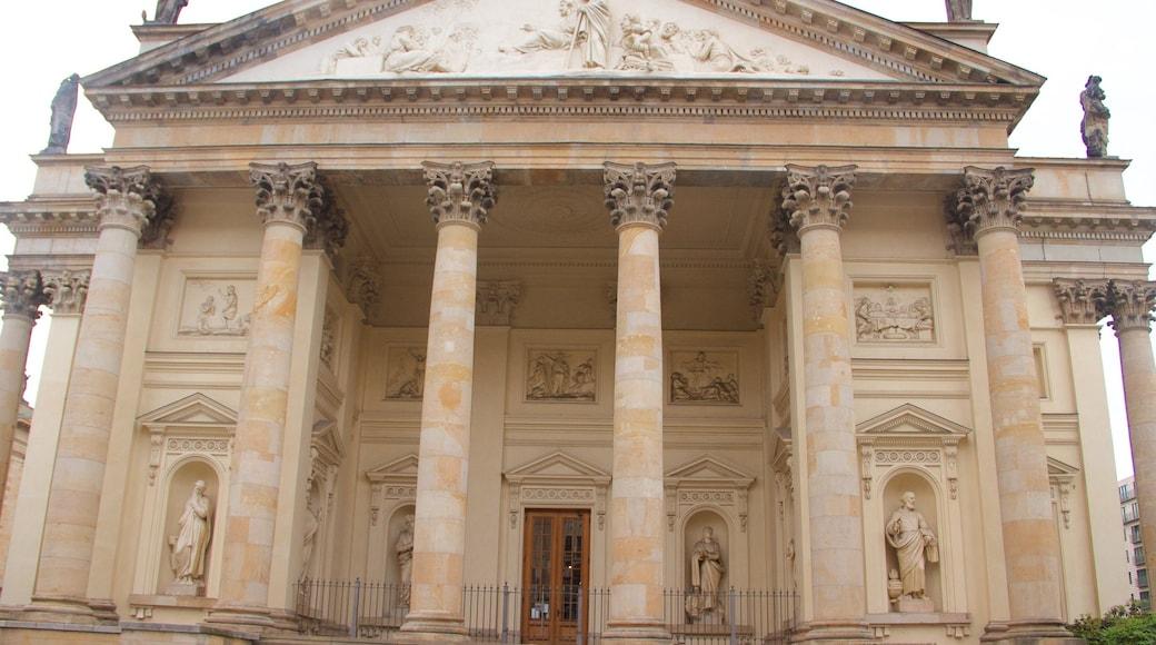 Konzerthaus Berlin mostrando elementos patrimoniales y arquitectura patrimonial
