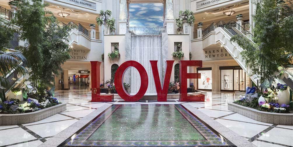 Orbitz.com: The Venetian Resort Las Vegas + Earn $50 Orbucks