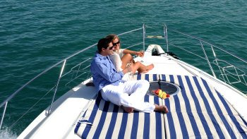 Palm Island Luxury Speedboat Cruise with Sharing Transfers